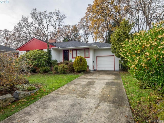 3352 Henderson Rd - OB Henderson Single Family Detached for sale, 5 Bedrooms (385550) #1